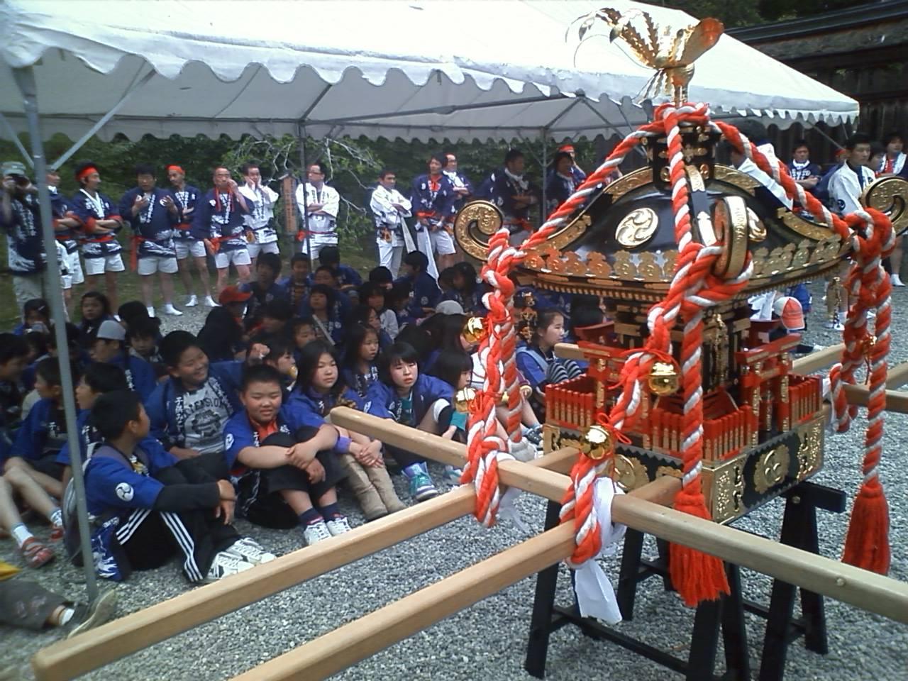 熊野本宮大社へ、子供みこし